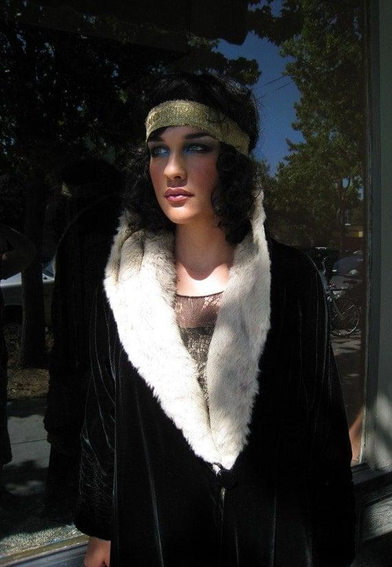 Antique Silk Velvet Coat Late 1920's  Boardwalk Empire Flapper Era Art Deco Cocoon Coat