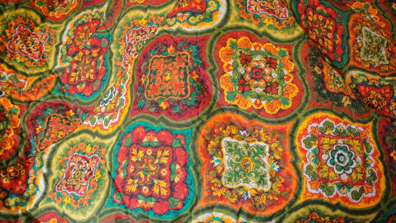 1960s Vintage Paisley Bedspread Comforter Queen King Teal Red