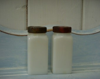 White Bottle - Set of Two - Vintage Milk Glass - Small Bottles with Screw on Lids - Shabby Cottage - French Country Chic