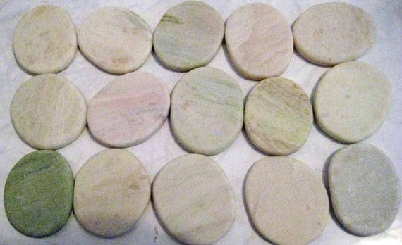65 flat stones of marble and quartz for crafts arts for Flat stones for crafts