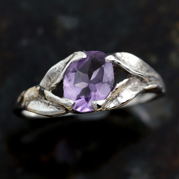 Amethyst Ring in solid Sterling Silver, Genuine Purple Gem Stone, Ladies- Size 8, Silver Jewelry