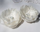 Bridal Fascinator Hair Flower Clip Wedding Hair Piece Rhinestone Crystals and Pearls Wedding Flowers