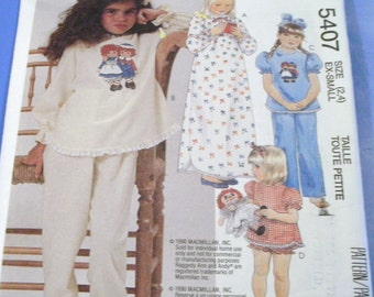 Childrens Nightware Pattern with Raggedy Ann Iron on Transfers  5407