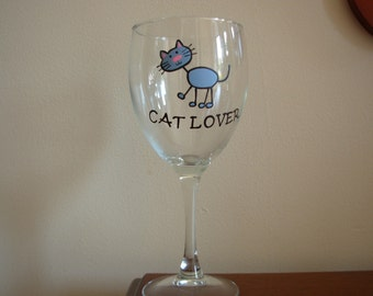 Cat Wine Glass Handpainted Personalized, cat lover gift, painted glass, cat glass