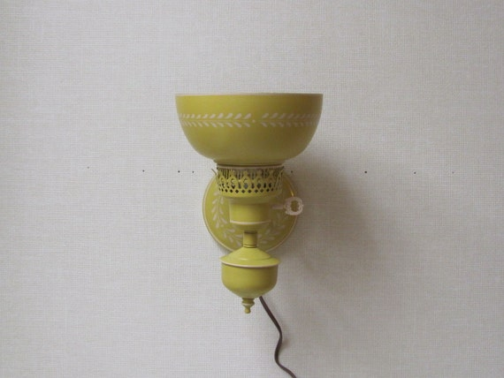 Vintage / Electric Tole Sconce / Yellow and Cream