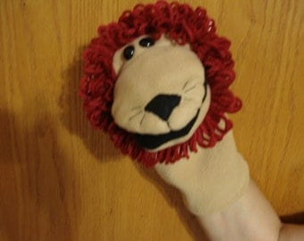 Lion hand puppet fleece fabric and acrylic yarn