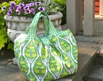 Cosmo Bag - Passion Lily