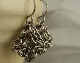 SALE Stainless Steel Chainmaille Earring Kit - Intermediate - Celtic Labyrinth