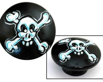 Pirate Skull and Cross Bones Knob