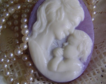 Lilac Fragrance,Spring Bouquet,Cameo mother infant Child,handmade SoAP, VICTORIAN LILAC PEARL mica, mothers day,Gift for Her,Mother to Be