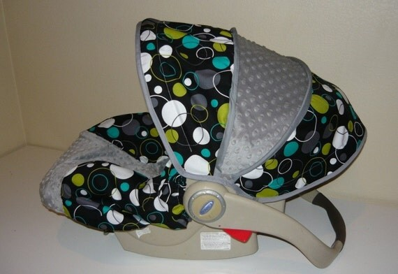 Hoopla Dots with Gray Infant Car Seat Cover- Moves to Toddler