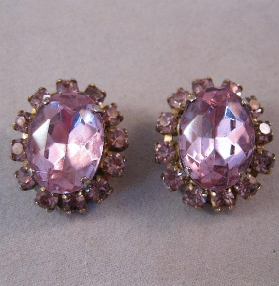1950s Lavender Amethyst Rhinestone Earrings Clip