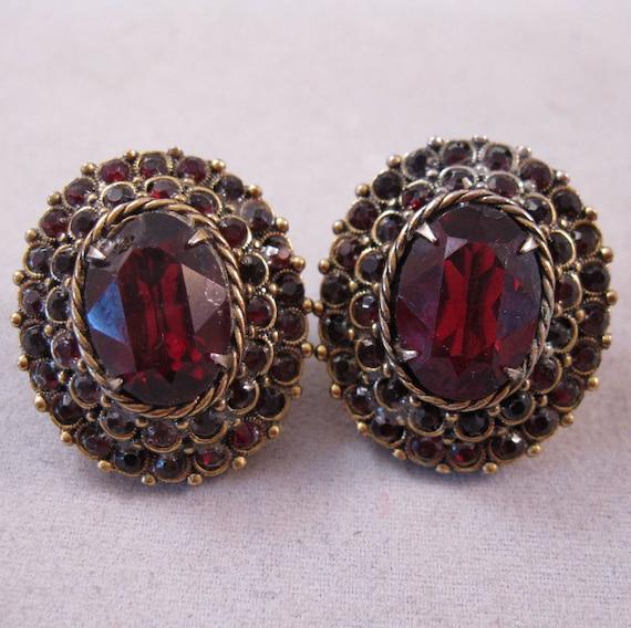 1950s Garnet Red Rhinestone Earrings Screwback SALE