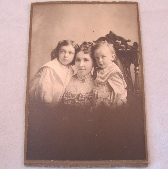 Antique Photo Mother Baby Girl Children 1800s Photograph Cabinet Card