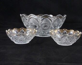 Antique Bullseye and Fan bowl set US Glass, antique glass bowls