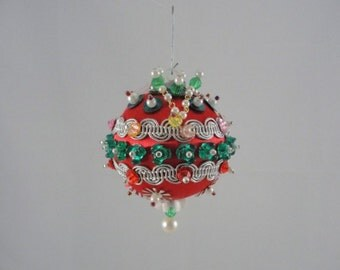 Vintage Kitschy sequins and ribbon Christmas ornaments handmade vintage set of 5