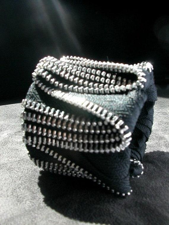 ZigZag Black Zipper Cuff In Silver