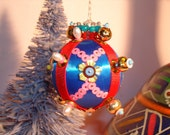Dafne- Blue Sequined Beaded Ornament