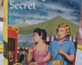 VIntage Nancy Drew book, The Ringmaster's Secret