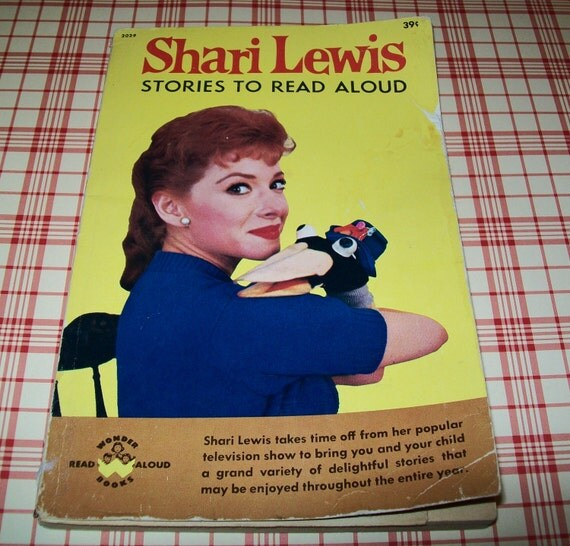 SALE - Vintage 1961 Shari Lewis paperback Stories to Read Aloud book