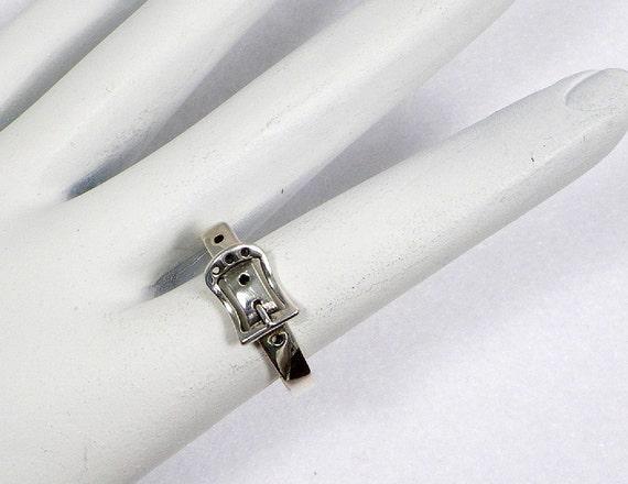 Sterling Silver Belt Buckle Ring - Narrow Belt, Subtle Appearance