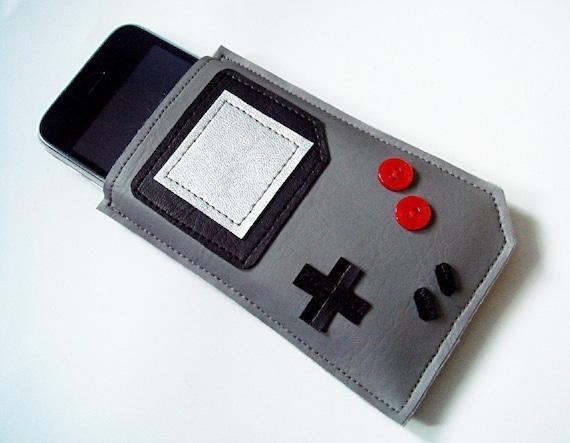Gameboy iPhone Cozy