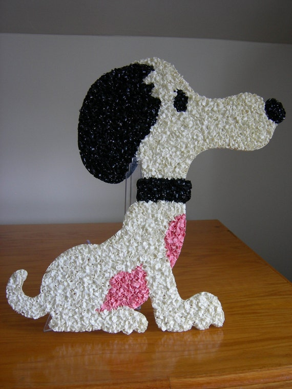 Vintage Snoopy Melted Plastic Popcorn Decoration Wall
