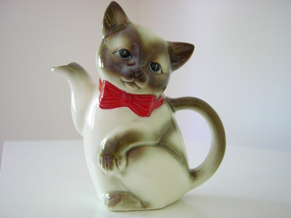 Vintage Kitty Cat Creamer Pitcher Japan