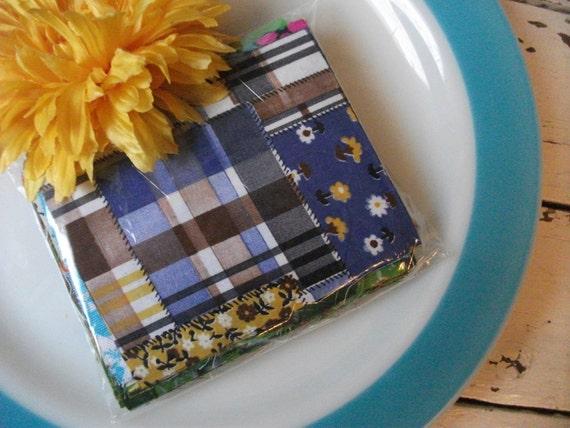 Vintage Scrap Fabric Pieces - Retro