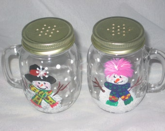 HAND PAINTED SALT AND PEPPER SHAKERS WITH SNOWMEN