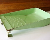 Vintage Jadite Green E Z Painter Paint Tray