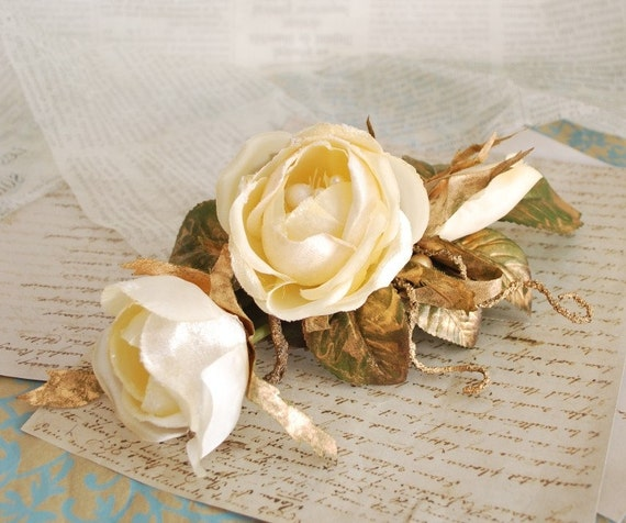Golden Constellations -  an ivory and gold rose comb
