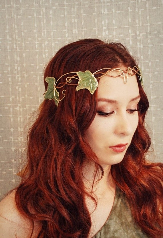 Evelyn's crown - an ethereal ivy headdress