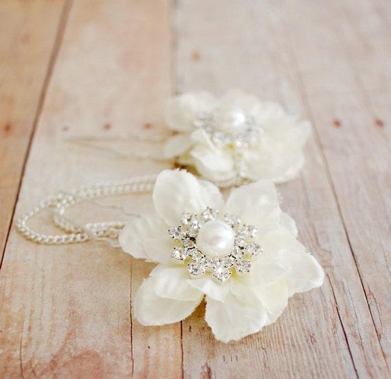Moonbeams - white petal rhinestone and pearl picks