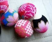 Fabric Covered Button Sakura Cherry Blossom Japanese Retro Motif  Cotton Pink and Black 6pcs