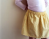 Sunshine Skirt, yellow and blue scallop pirint, made to order, simple girls skirt, cotton.