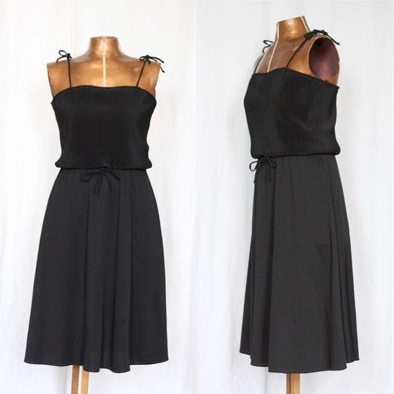 Black 70's Summer Dress M L