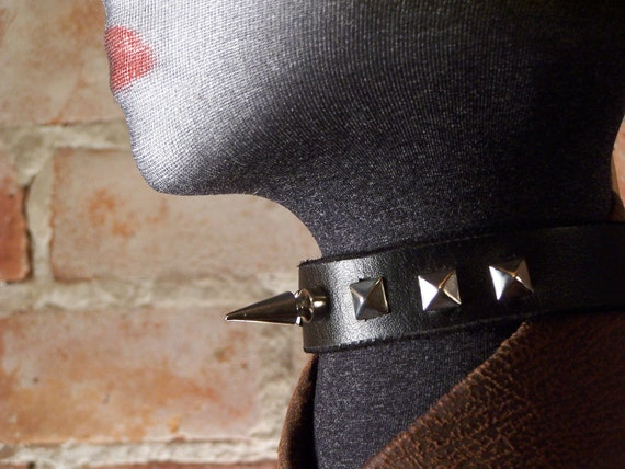 Unisex 1 inch stud with Pyramids on  Black Leather Choker  made in America
