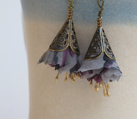 Lavenderl flower majestic fiber earrings