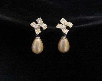 Vintage Pearl and Rhinestone Earrings - Pave -Wedding - Drop Clip on