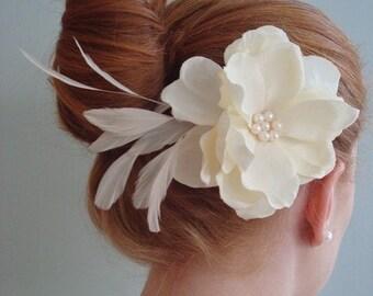 Katherine-Ivory Feather Flower
