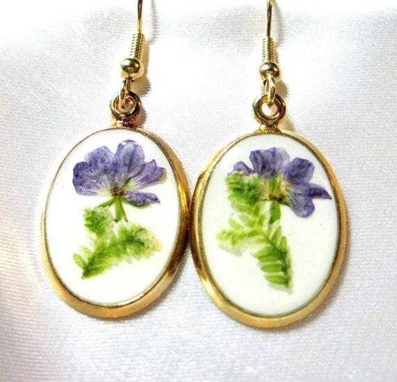 Sale! Purple Flower, Earrings, Pressed Flowers, Resin, Gold Plated Dangles (954)