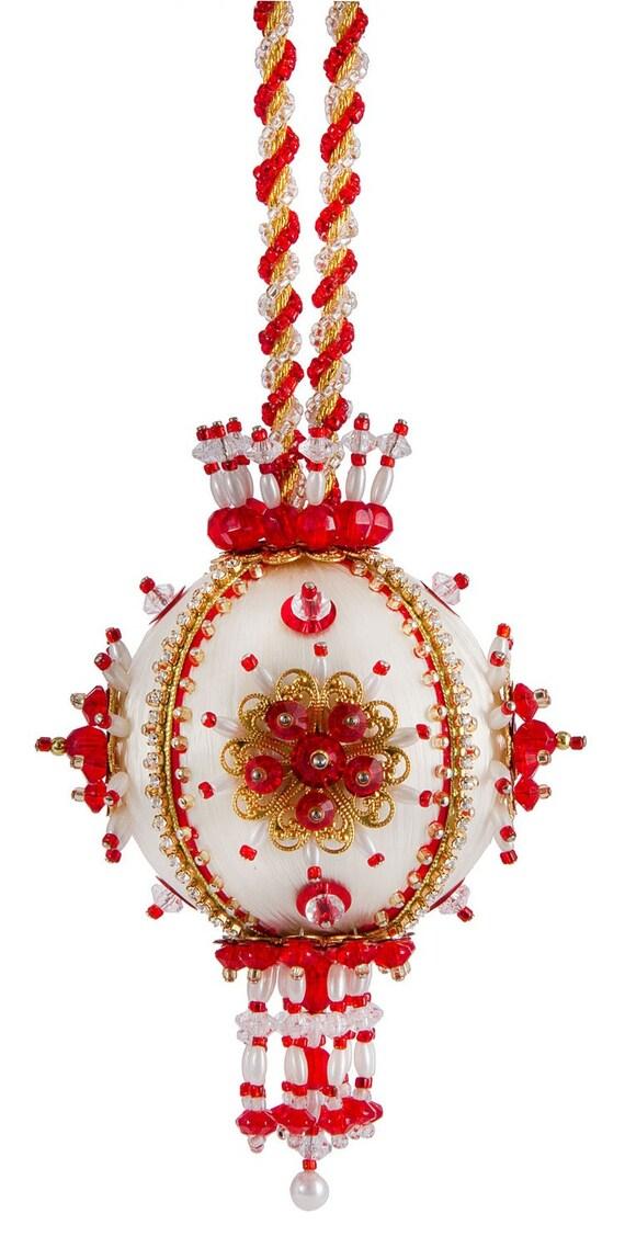 Items similar to Beaded Christmas Ornament Kit 2 1/2 ...