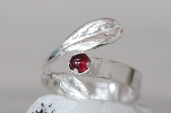 Silver ruby ring, lingon berry, size 8.5