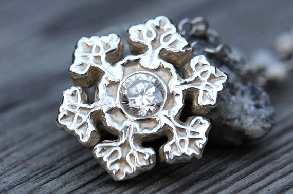 Silver snowflake necklace with moonstone and cubic zirconia