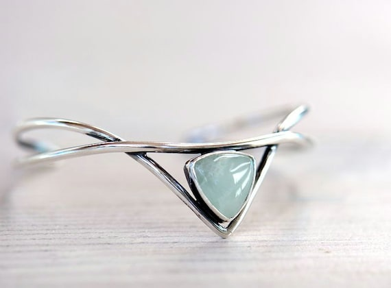 Silver cuff bracelet with aquamarine. Sterling silver bracelet. Elven jewelry.