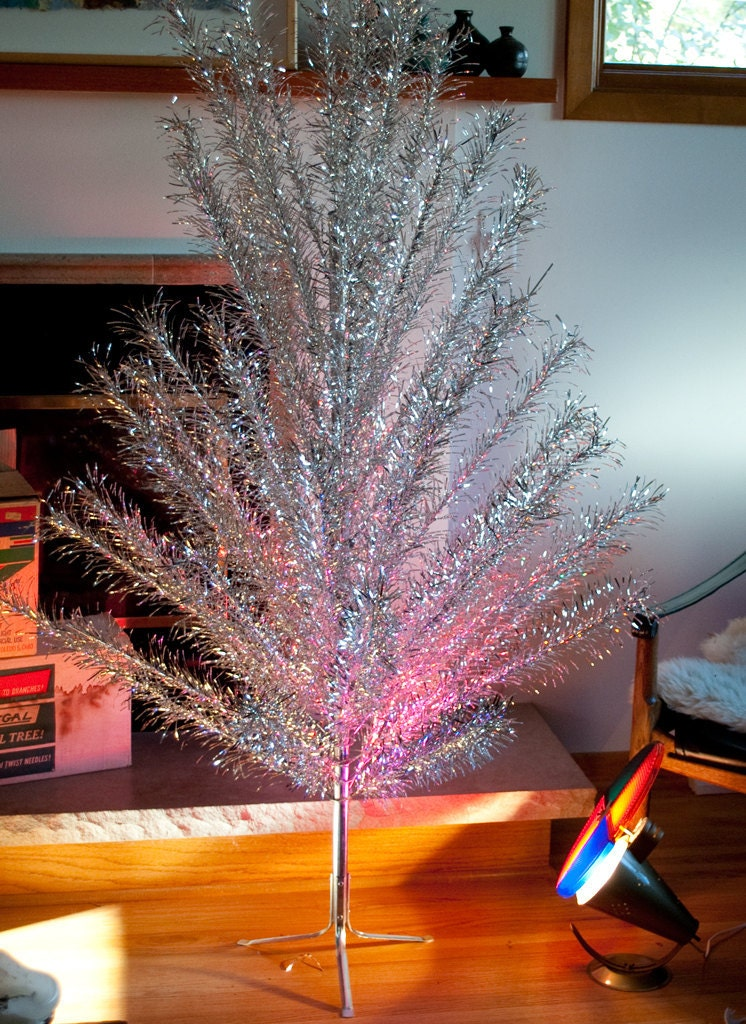 Silver Christmas Tree Deals On 1001 Blocks