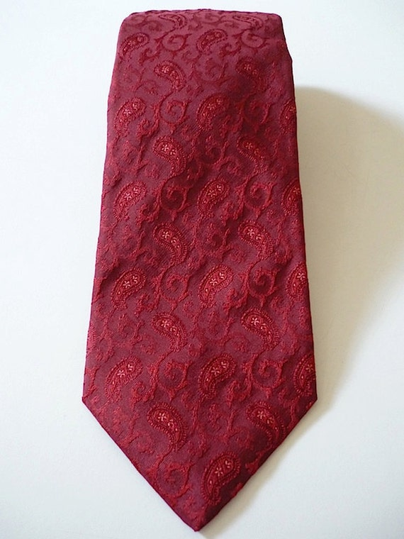 Vintage Neckties Men's 90's Silk Red Jacquard Print by Isaia for Neiman Marcus 832 FreshandSwanky on Etsy
