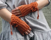 Lavaralda - lacy open work crocheted decorated mittens fingerless gloves