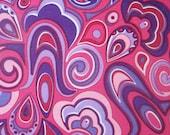 vintage fabric fat quarter (groovy magenta and purple paisley swirl)